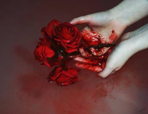 Flores_de_sangre_Manos